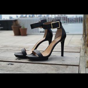Calvin Klein Vable heels 7.5